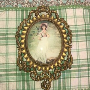 Vintage Made in Italy oval picture frame